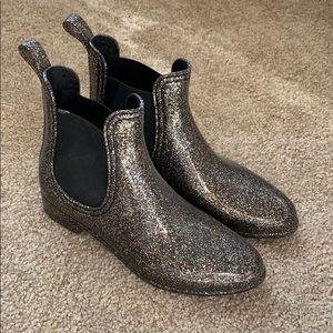 Report glitter rain boots /booties